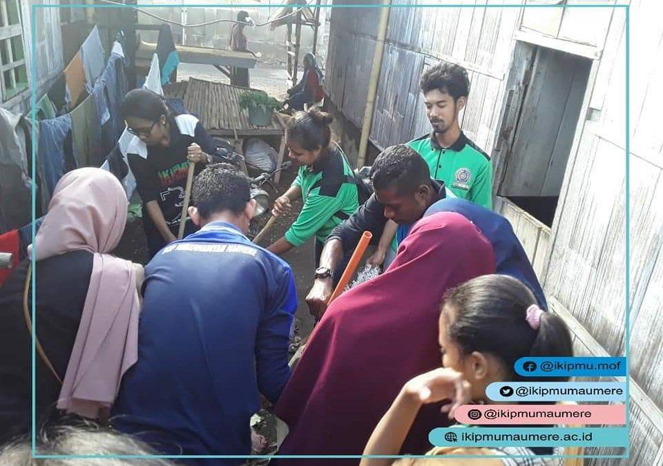 Teater Dala IKIP Muhammadiyah Maumere Peduli Lingkungan Di Wilayah Wuring
